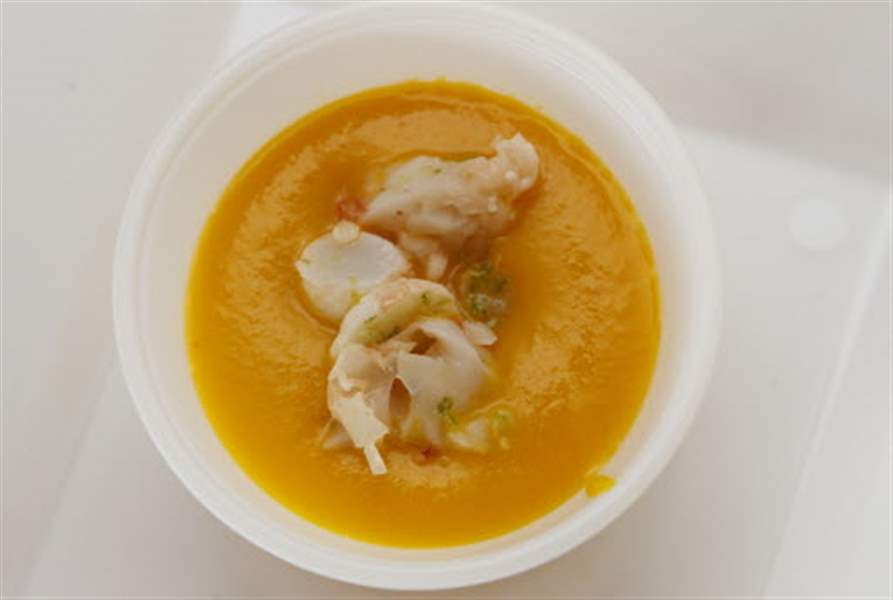 Chef-Celina-Tio-spicy-carrot-soup