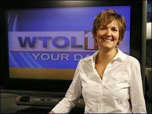 WTOL news director Andi Roman is leaving the station to spend more time with her family.