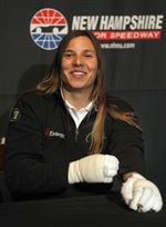 De-Silvestro-will-have-to-deal-with-pain-at-Indy