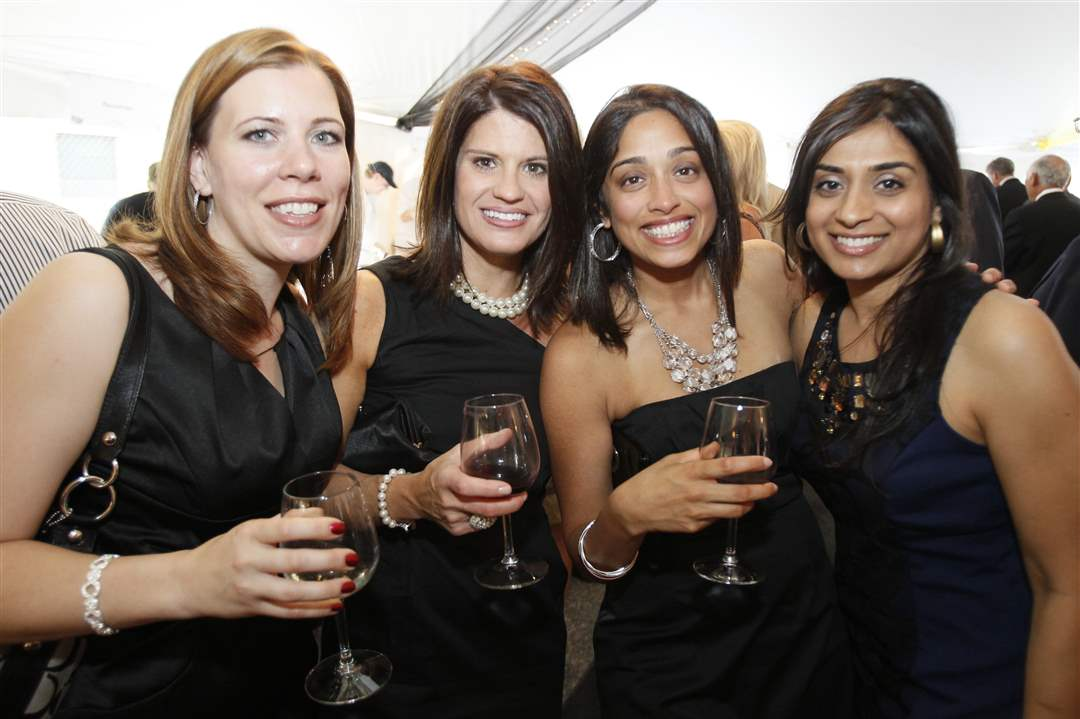 Taste-of-Nation-2011-Dakota-Husain-Jennifer-Vicente-Muna-Joshi-Amy-Choksey