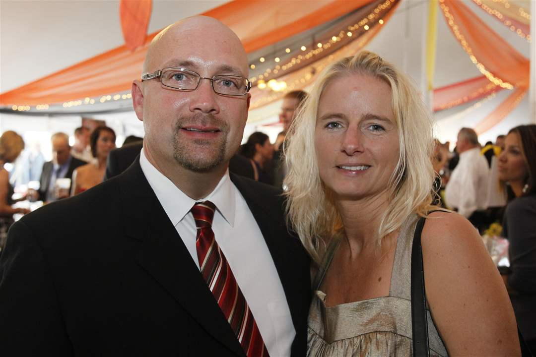 Taste-of-Nation-2011-John-Oehlers-Laura-Seifert