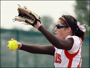 Southview's Olivis O'Reilly (12) pitches against  Elyria during a Division I regional softball final.