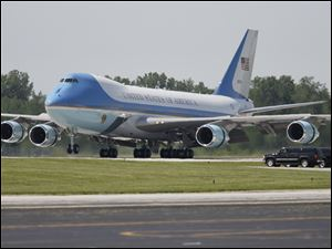 Air Force One landing at Toledo Express airport.