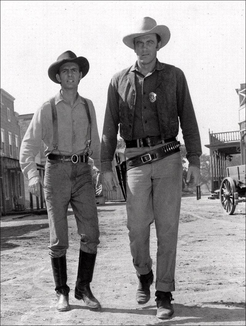 Dennis Dillon Dodge >> James Arness, lawman Matt Dillon of 'Gunsmoke' fame, dies at 88 - Toledo Blade
