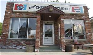 Noted-during-Obama-visit-Chet-s-restaurant-to-close