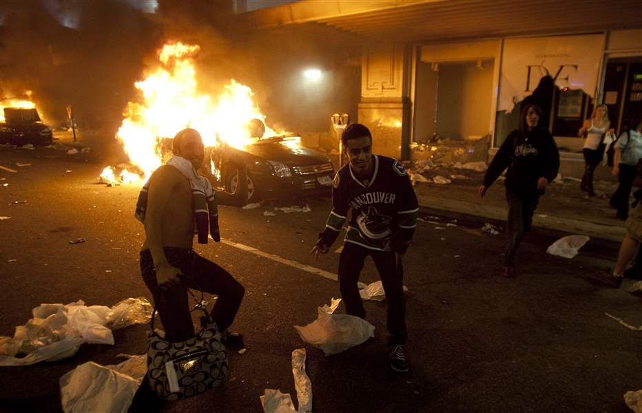 Canucks-riot-Vancouver