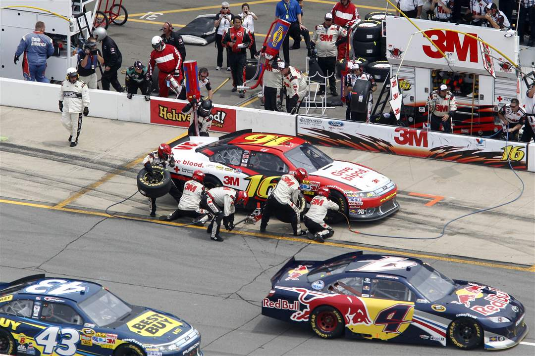 NASCAR-Michigan-International-Speedway-4