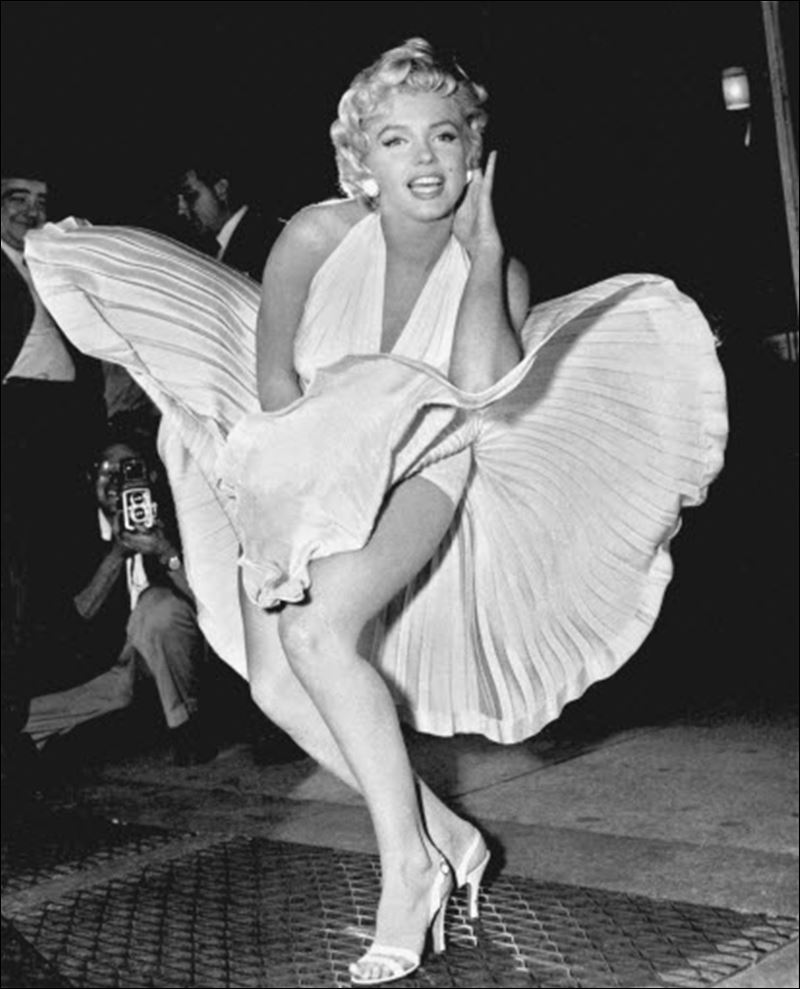 Marilyn Monroe 'subway dress' breaks auction record ...