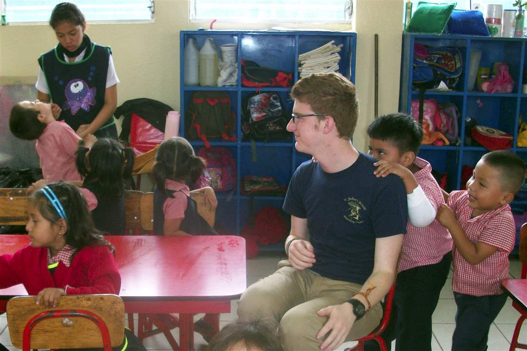 Guatemala-school-Sean-Burlingame