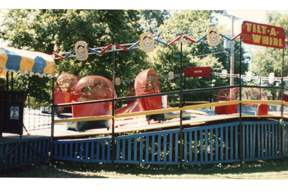 Bishop-Vollmers-Park-Tilt-A-Whirl