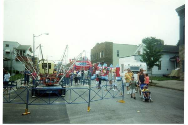 Bishop-Polish-Street-Festival-ride