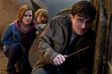 deathly-hallows-wins-big-at-box-office