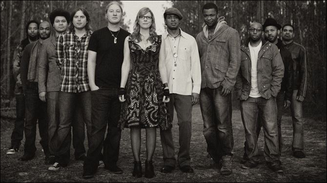 Tedeschi Trucks Band Derek Trucks, fifth from left, and Susan Tedeschi, center, with members of the Tedeschi Trucks Band, slated to perform at Centennial Terrace Sunday.