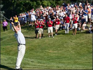 Olin Browne roars a cheer after winning the U.S. Senior Open with a birdie on the 18th hole Sunday.