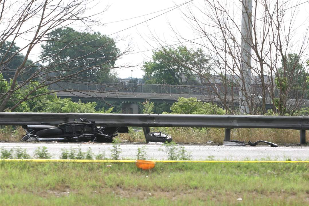 Gallery-Fatal-I-475-Crash-3