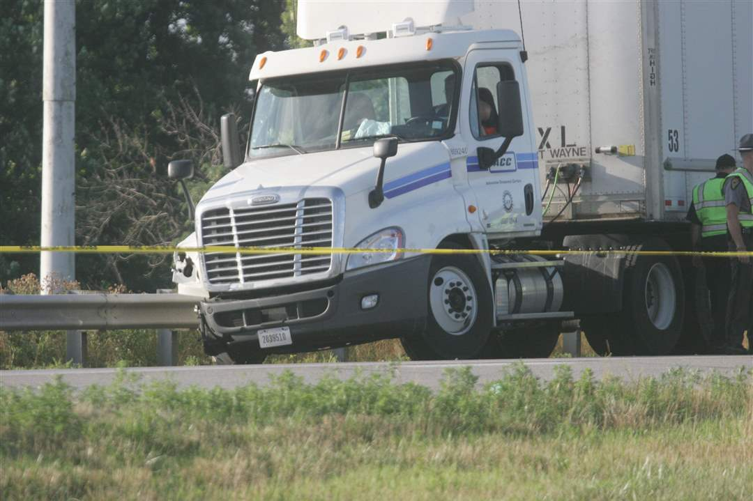 Gallery-Fatal-I-475-Crash-5