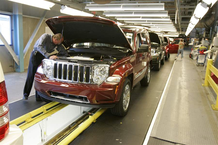 Jeep-Liberty-inspection-line