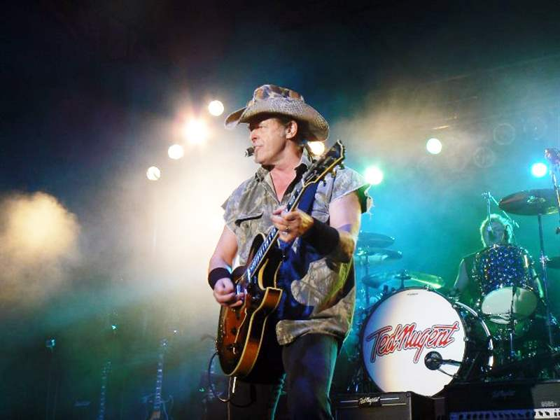 nugent-rocks-out-at-the-rib-off-08-14-2011