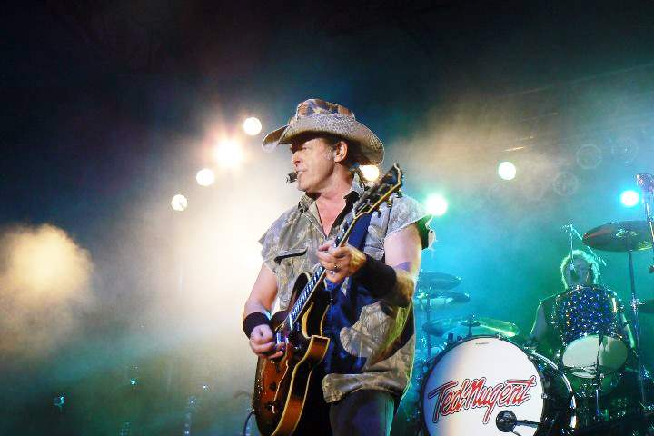 nugent-in-concert-at-fairgrounds-08-14-2011