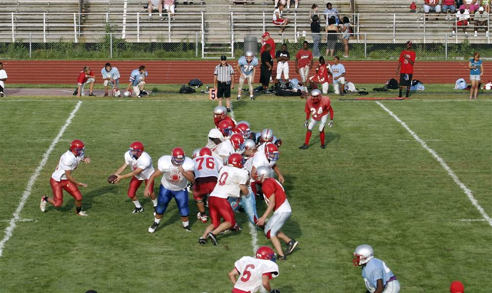 st-francis-bowsher-scrimmage-08-14-2011