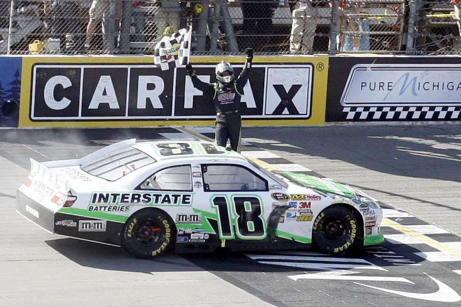 MIS-Kyle-Busch-Checkered-flag