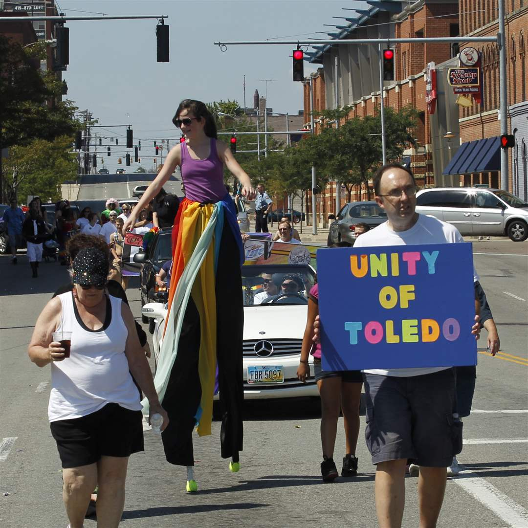 Downtown-Toledo-Gay-Pride-parade-marchers