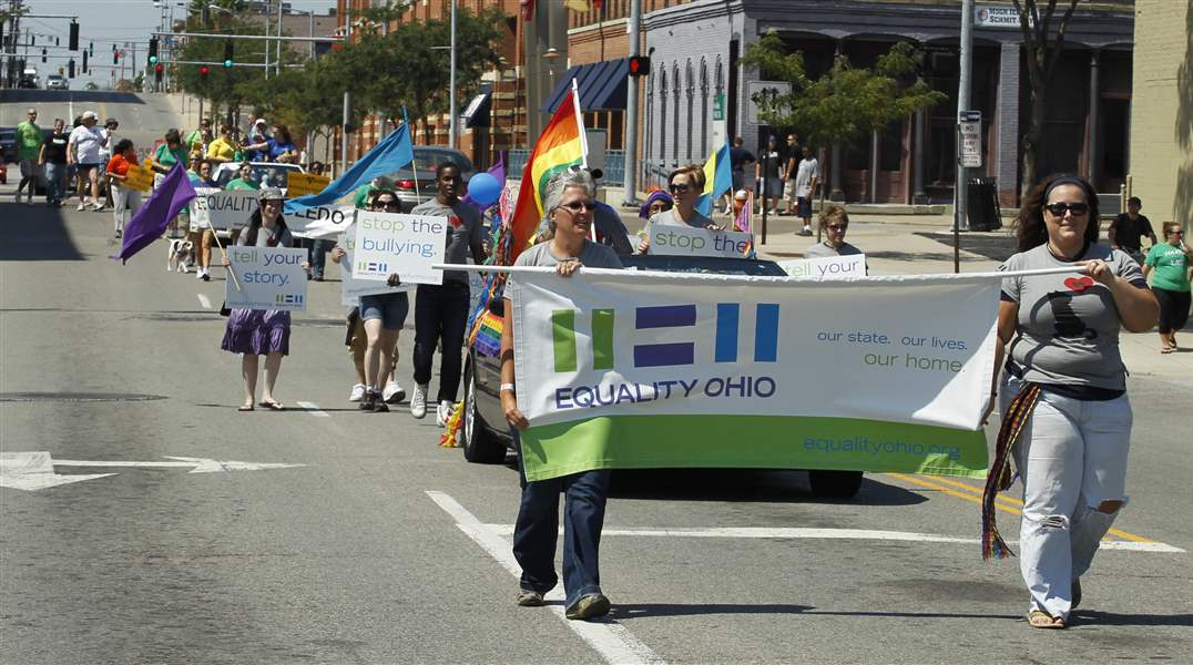 Gay-Pride-Parade-Equality-Ohio-marching-South-St-Clair