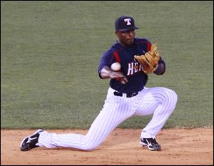 Hens-Audy-Ciriaco-plays-against-brother-Pedro.jpg