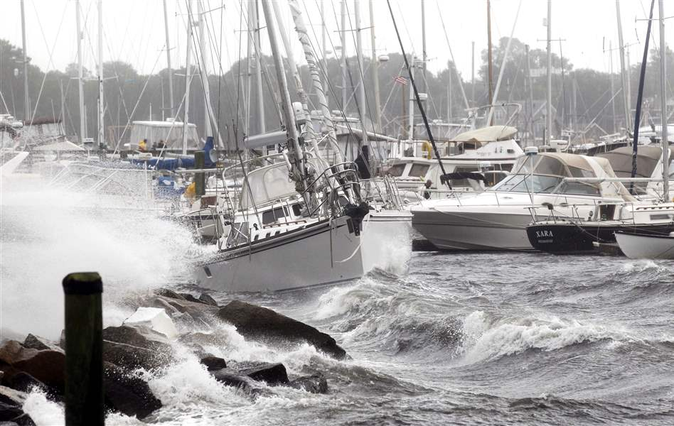 Boat-thrashes-in-harbor-after-Irene
