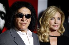 Gene-Simmons-and-Shannon-Tweed-finally-set-to-get-married