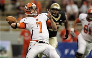 Bowling Green quarterback Matt Schilz completed 19-of-31 pass attempts for 291 yards and a pair of touchdowns against Idaho.