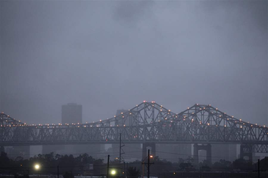 Tropical-Storm-Lee-New-Orleans-Crescent-bridge