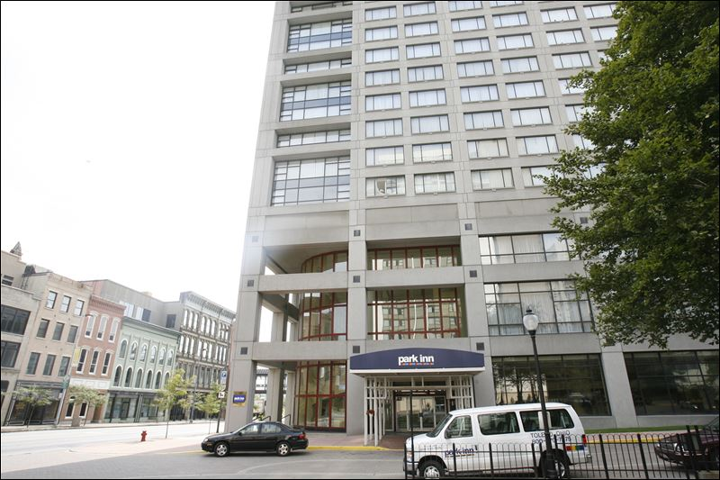 park inn hotel sells for 3m to chinese group toledo blade. Black Bedroom Furniture Sets. Home Design Ideas