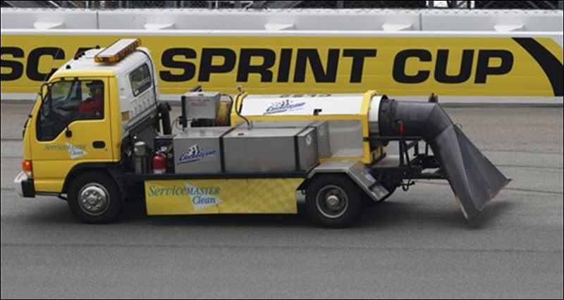 Track Drying Truck