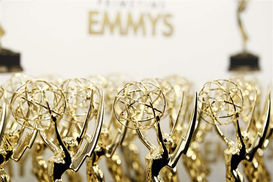 Emmy-Awards-Statues-backstage