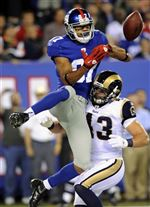 Domenik-Hixon-Giants-defended-by-Rams-Craig-Dahl