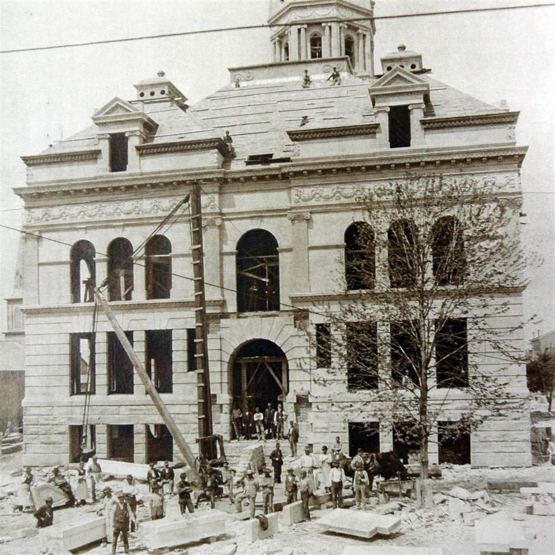 Construction-of-the-Auglaize-County-courthouse