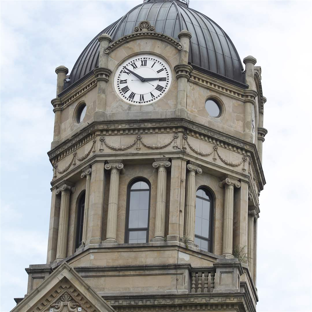 Tower-of-the-Auglaize-County-courthouse