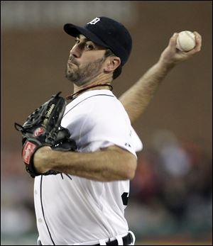 Justin Verlander led the American League in wins (25), ERA (2.40) and strikeouts (250).