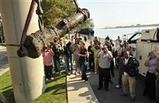 Detroit-River-cannon-found
