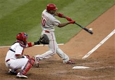 Phillies-top-Cardinals-inch-closer-to-NLCS