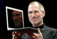 Steve-Jobs-MacBook-Air