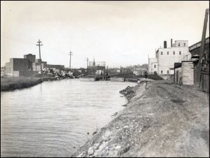 Miami & Erie Canal in the Harrison Street area.