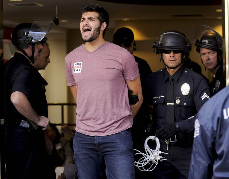 Occupy-Wall-Street-goes-to-Los-Angeles