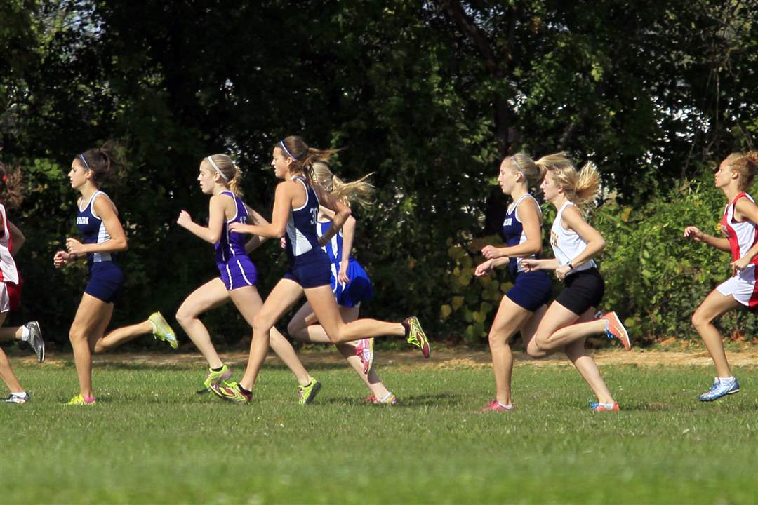 The-NLL-girls-varsity-race-kicks-off