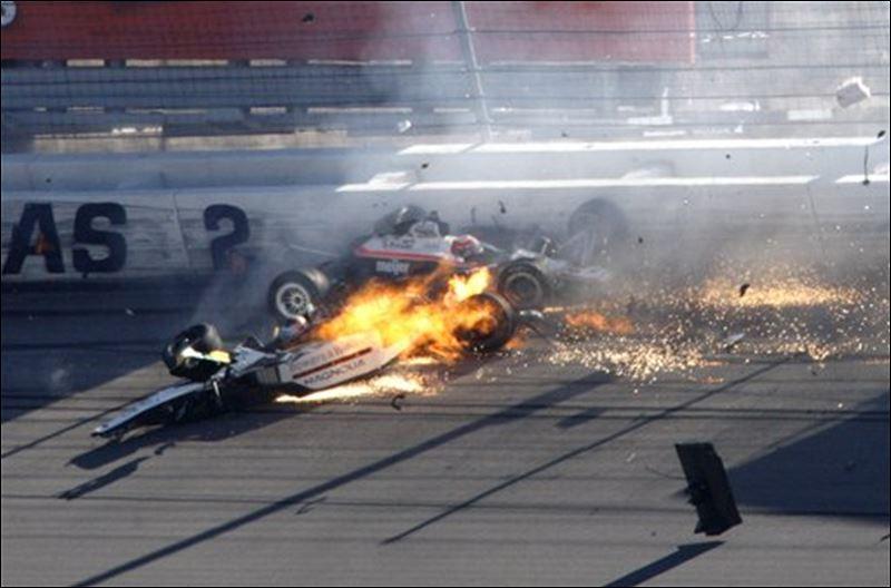 Dan Wheldon Crash Photos Frame By Frame