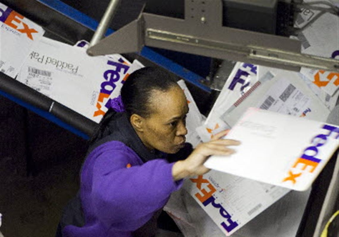 99d13befa3664 FedEx says its holiday shipping to set record
