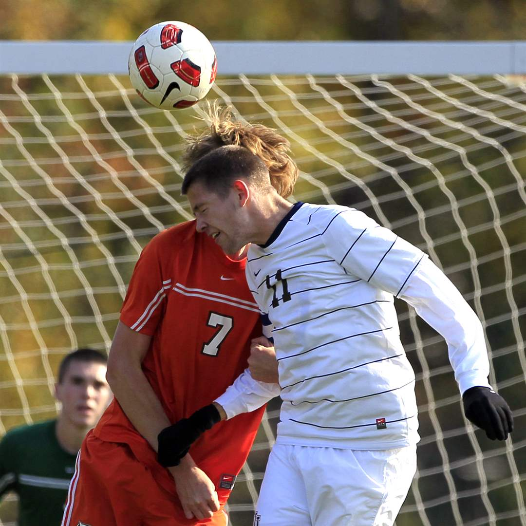 St-John-s-Evan-Lee-and-Southview-s-Brad-Brown-7-battle-for-a-header