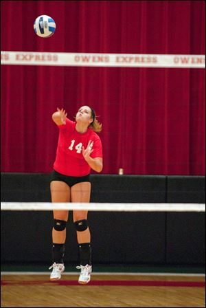 Owens' Brittany Egbert, a Hopewell-Loudon graduate, is a t