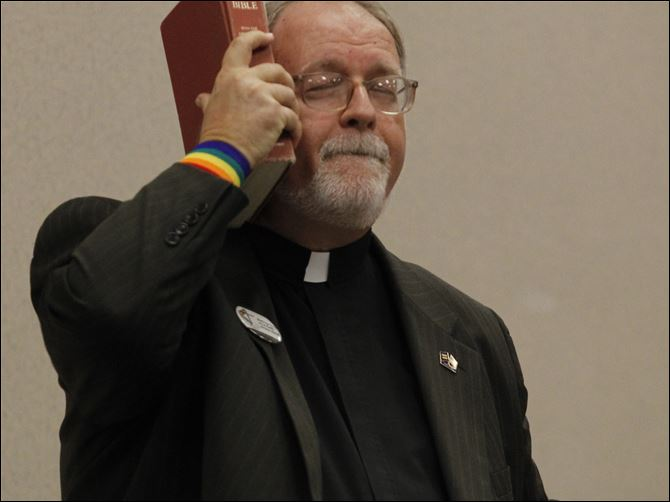 Churches need to do more than merely tolerate gays, pastor says The Rev. Stephen Sprinkle, a gay Baptist minister from Dallas, says that the Bible and church teachings don't necessarily condemn homosexuality; the Ten Commandments don't even mention it.